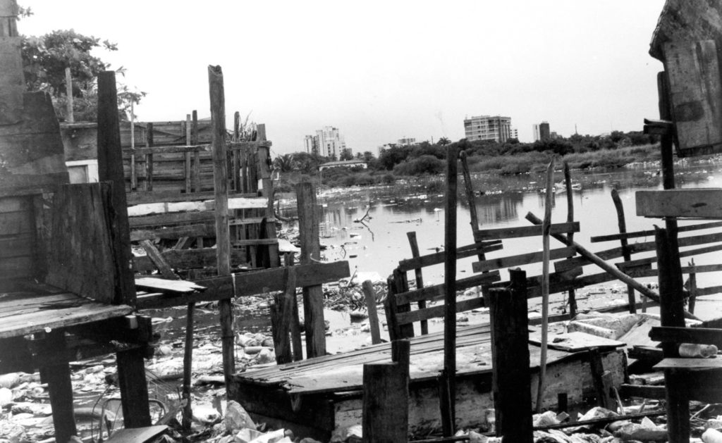 Foto de REURBANIZAÇÃO EM CARANGUEJO TABAIARES, 2010 - UnaMunizViegas