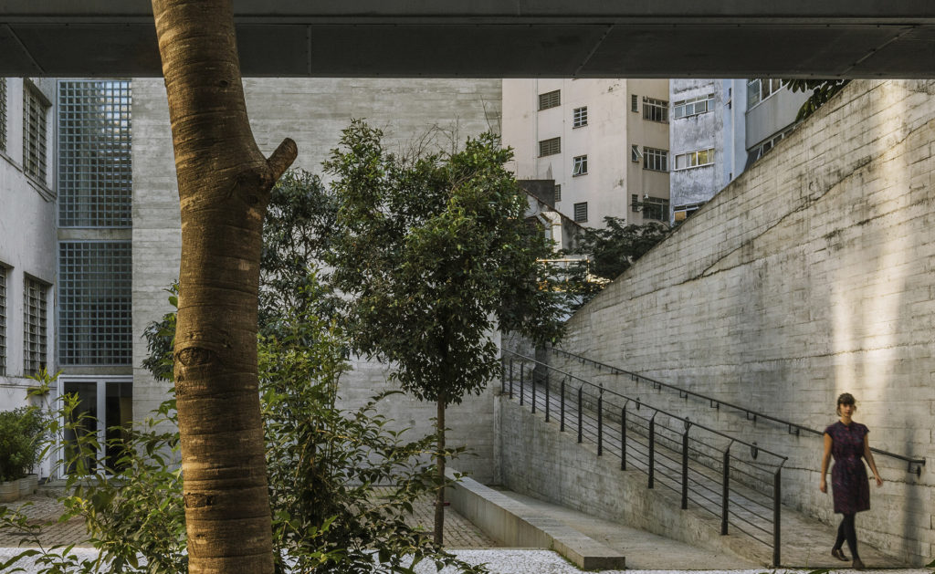 Foto de CENTRO UNIVERSITÁRIO MARIA ANTONIA, 2000 - UnaMunizViegas